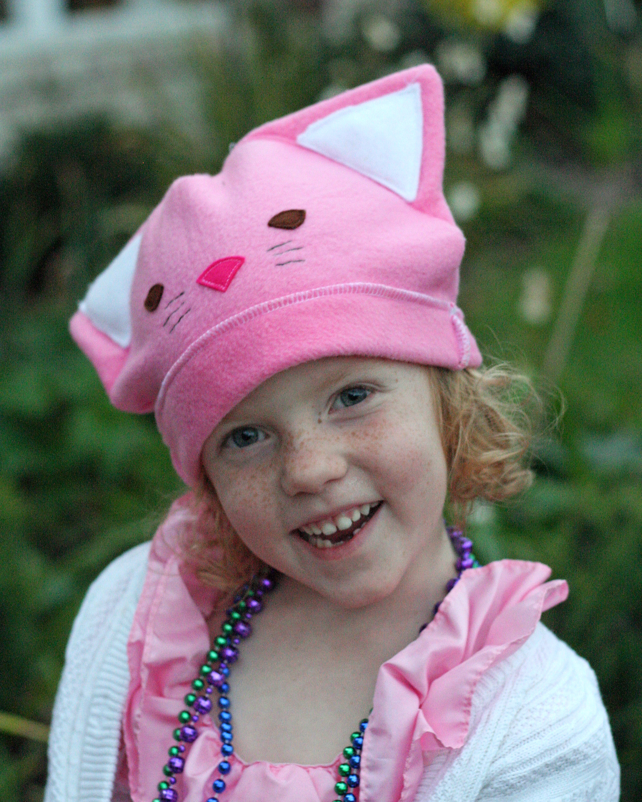 Kitty cat princess hat and show details gingercake - Princesse kitty ...