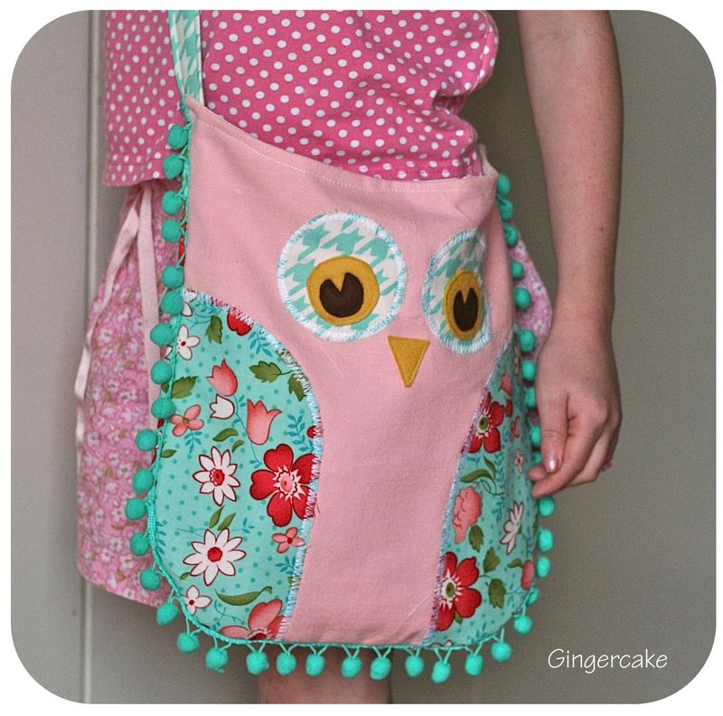 Owl Purse w:pompoms