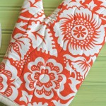 Tutorial Oven Mitt – found in a box of gifted fabrics
