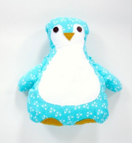 Penguincloseup-553x600