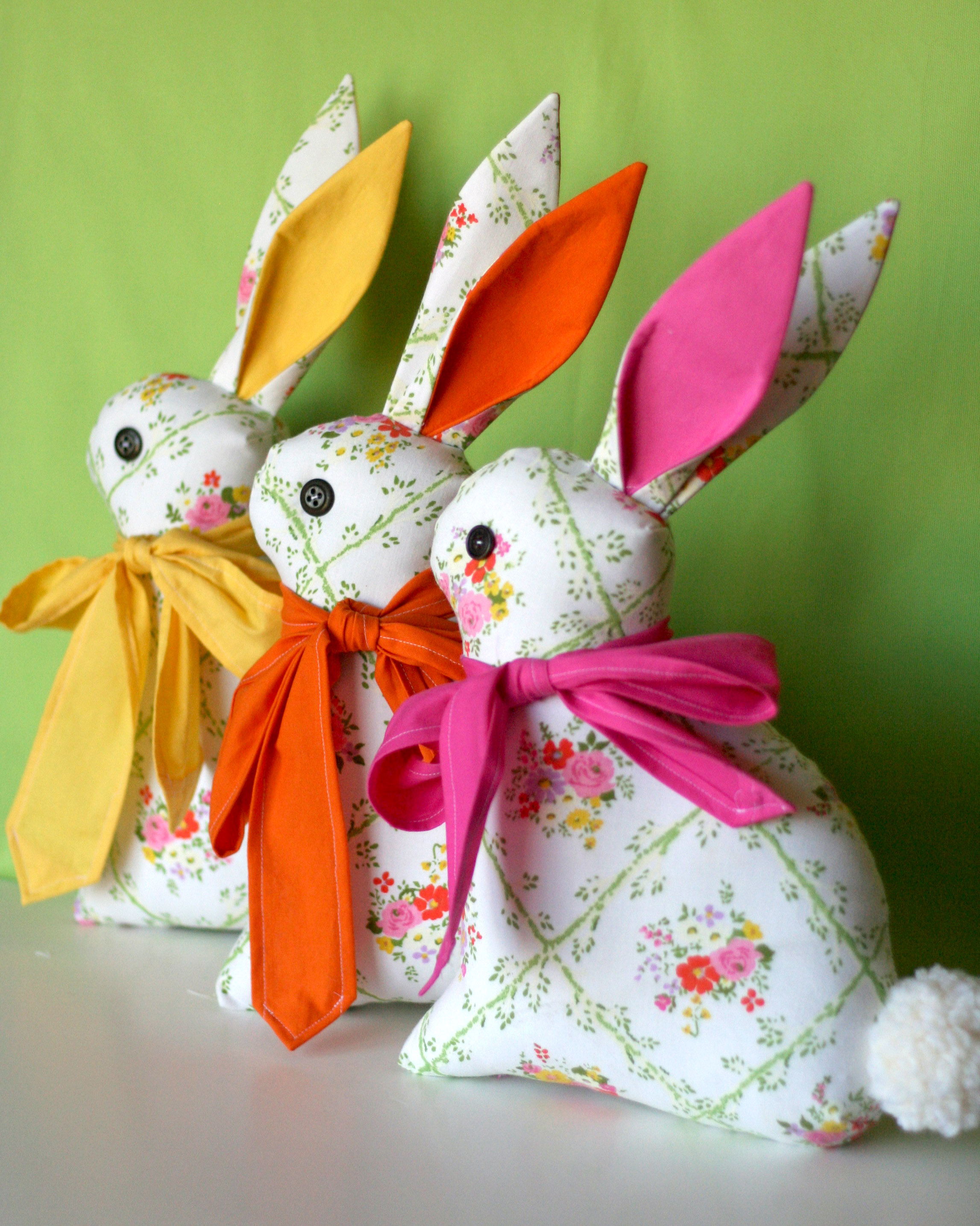 Feeling Springy!  Bunnies… in the Gingercakesews shop!