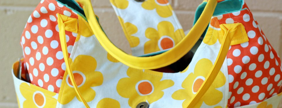 Vacation Tote with Flap and More pockets