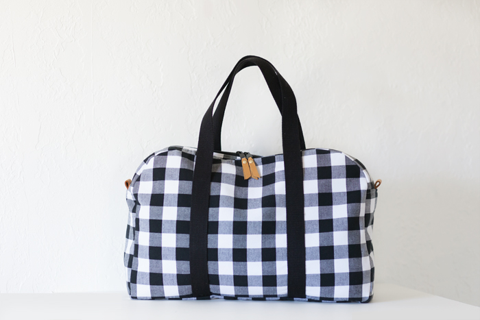 checked travel duffle sewing pattern