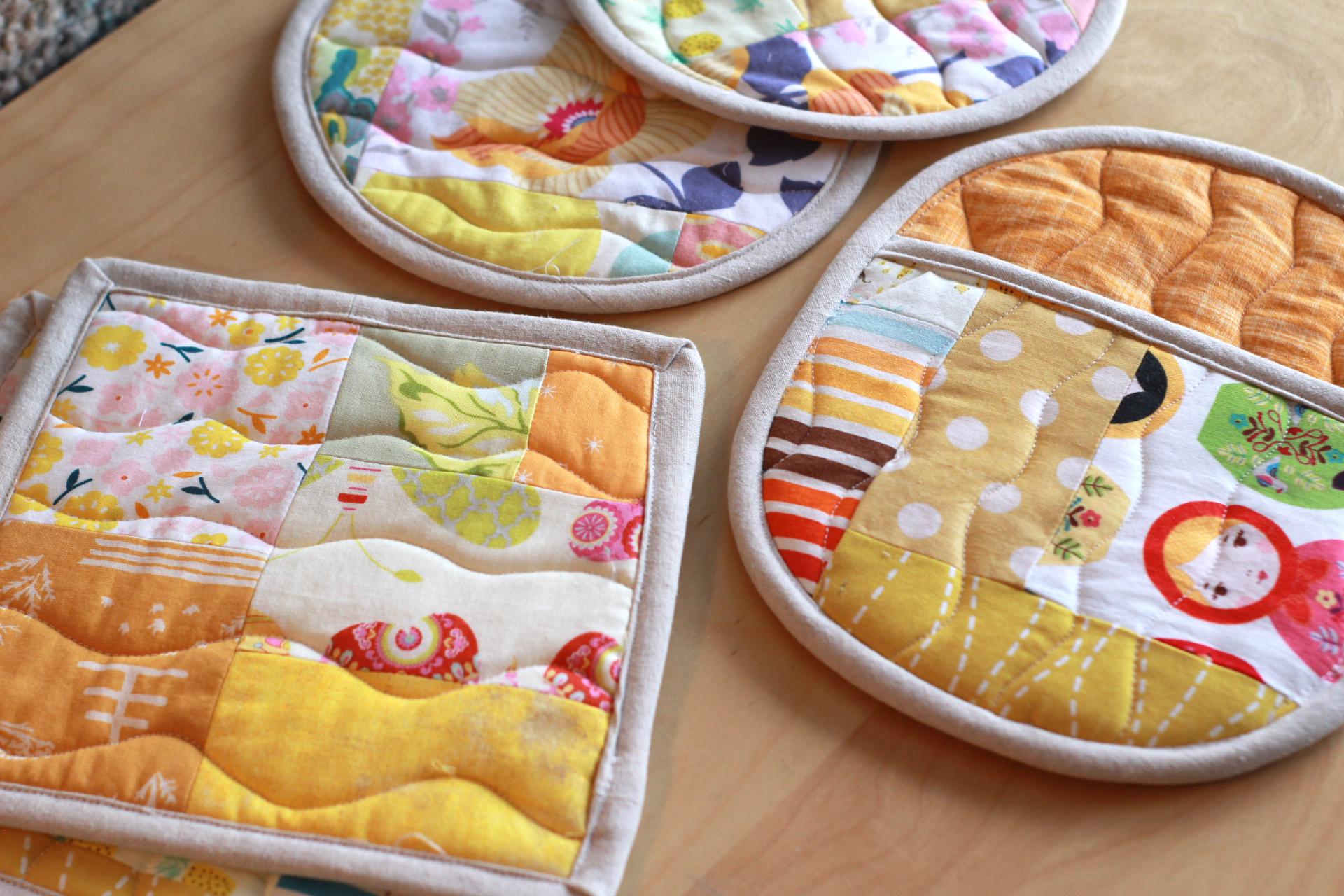 pot holder yellow left over fabrics