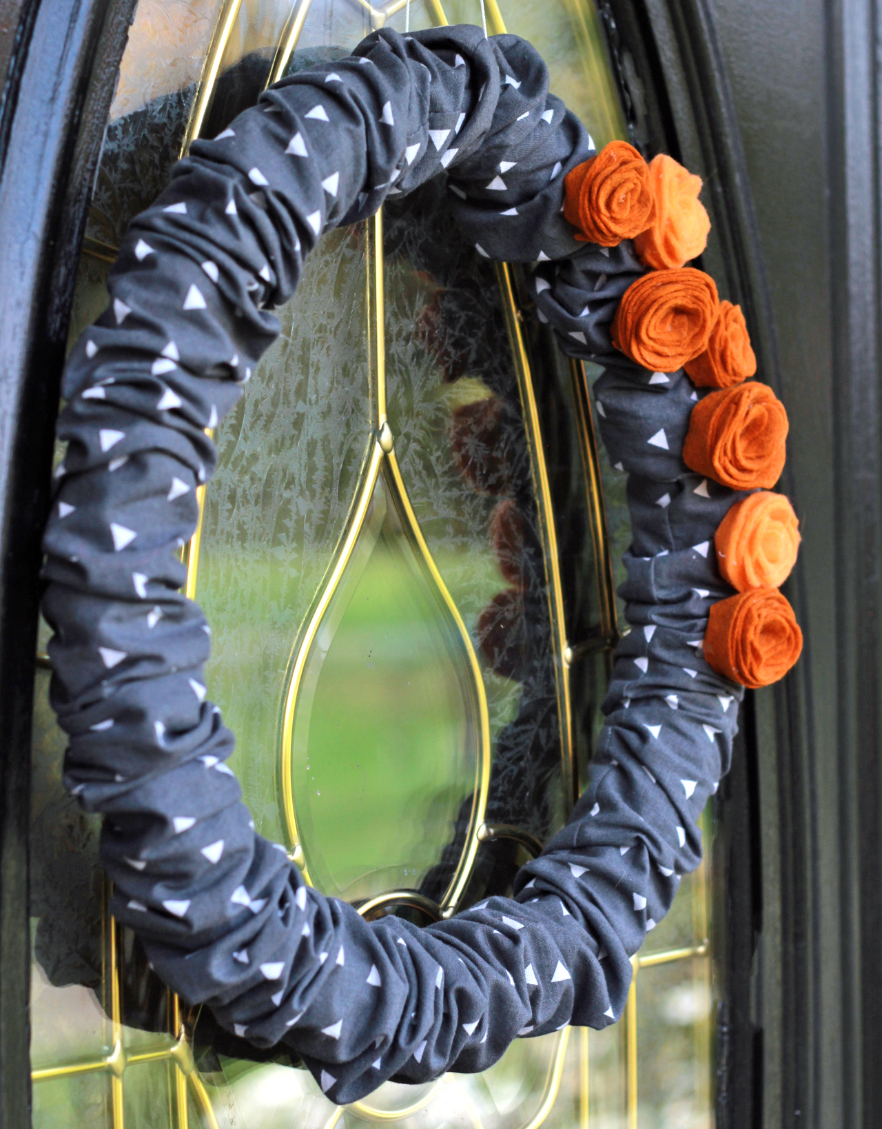 Halloween Front Door Decor and Tutorial